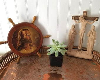 2 Vintage Religious Jesus Wall Hangings. Instant Collection. My Pilot Ship Wheel Head of Christ, Warner Sallman. Plastic Crucifixion.