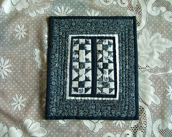 Blue and White Shoo Fly Miniature Wall Hanging (Item #83)