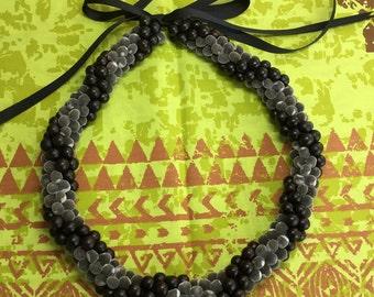Hawaiian Manele ~ Mgambo Seed Lei