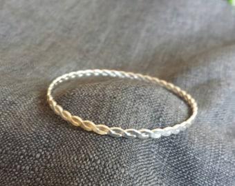 Twisted Bangle Bracelet