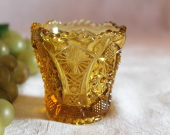 """Imperial Glass Hobstar 2.5"""" Toothpick Holder - Yellow Amber in Excellent Condition"""