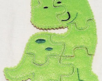 Green Dinosaur Felt Puzzle game - Perfect for party favors - school treats - busy bags or quiet books -  #P44