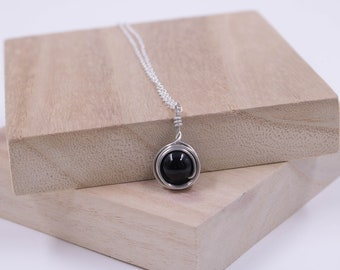 Wire Wrapped Necklace // Black Agate Wire Necklace // Boho Necklace // Black Stone Necklace // Silver And Stone Necklace // Handmade