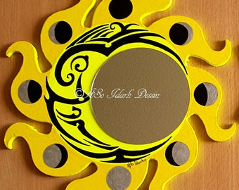 Decorative mirror personalized Sun and moon cycle