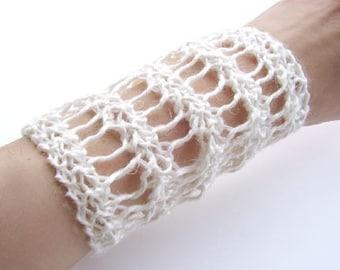 Romantica Hand-Knit Linen Cuff