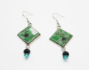 Computer earrings recycled motherboard green, gift for her, computer gift nerd, geeky earrings, technology gift, ecofriendly earrings