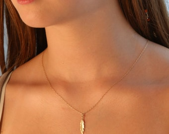 Feather necklace, gold necklace, gold feather necklace, dainty necklace, everyday necklace, gift for her - 020
