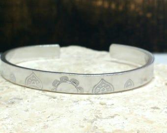 Mandala pattern handstamped hippie boho bracelet - adjustable - handstamped - aluminium, copper, brass or sterling silver