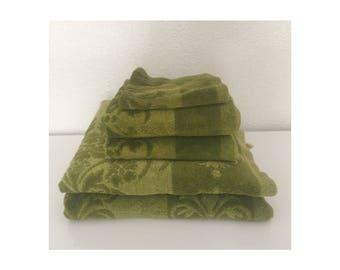Vintage 1960s Fieldcrest Towels • Set of 5