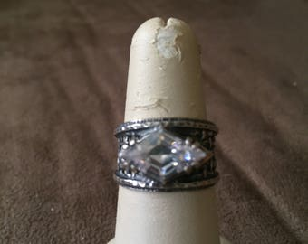 Vintage 925 Sterling Silver With Diamond Shaped Gemstone Design Ring, Size 6.75