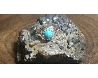 Faceted Turquoise and 925 Sterling Silver Ring | Size 7