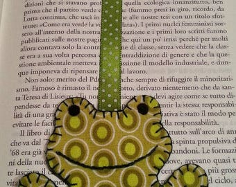 Frog shaped bookmark of felt and fabric