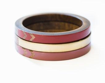 Ensemble Lion Babe Skinny bracelet / Bracelet bois Trio / Triangle peint Design / bracelets d'empilage / xs-xl