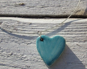 "Handmade ceramic heart pendant on 18"" memory wire *Handmade in Cornwall*"