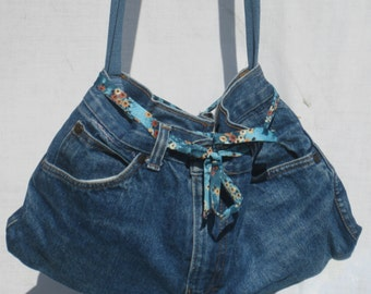 FREE SHIPPING!!! OOAK Upcycled Denim Purse Fully lined Lots of Pockets Convenient!