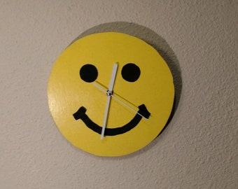 Smile Face Clock