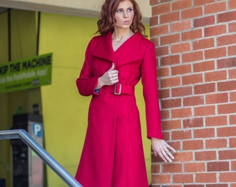Scarlet Red Cashmere and wool women's coat with buckle