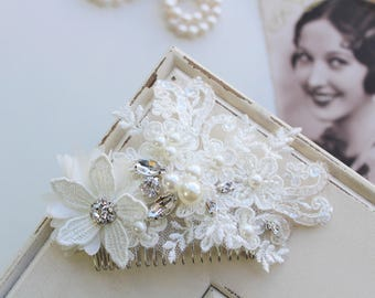 Wedding Hair Comb , Vintage Style Lace  Hair Comb, Vintage Style headpiece, Bridal Headpiece, Bow  Hair ,Bridal Hair Comb