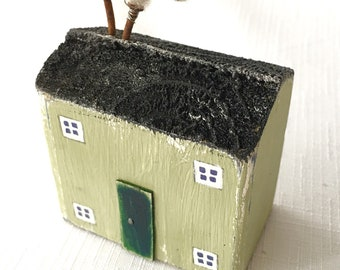 Little green house, Reclaimed wood, Wooden art, Rustic art, Little houses, Ornaments, Rustic home decor, New home gift, Wooden anniversary