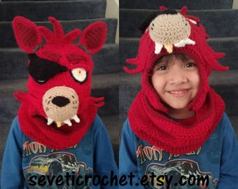 Free Shipping, FNAF INSPIRED Crochet Hat and Cowl, Red Foxy Hat and Cowl