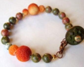 Unakit und Korallen Funky bunte böhmische Orange und grün Stein Armband mit Knopfverschluss