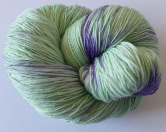 Pottsville OOAK Lighthouse Base 100g merino nylon stellina 422m