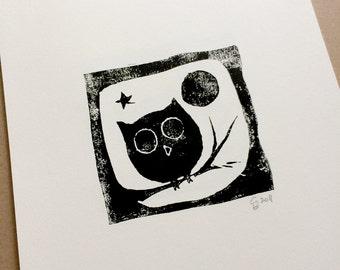 OWL on a branch - Digital printable art design from Linoleum Art Print