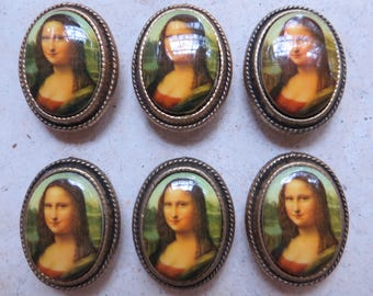 MonaLisa button covers