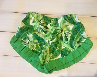 Girls leaf ruffle shorts