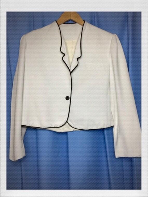 "Vintage Women's Cropped Tuxedo Jacket in White Size Medium to Large 19"" width 19"" length"