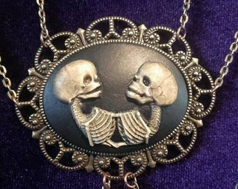 Siamese twins necklace  - american horrorstory siamese twins freaks freakshow gothic occult witch