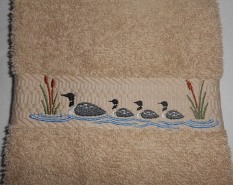 Common Loon Embroidery, Loon Family, Beige Hand Towel, Quality Hand Towel Embroidery, Home Decoration, Christmas Gift Idea