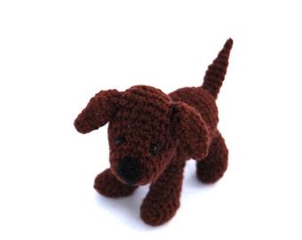 LABRADOR retriever dog, crochet labrador figurine, miniature retriever lab, brown labrador amigurumi doll, stuffed pet, gift for dog owner
