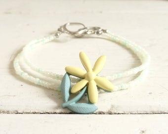 Charm bracelet, beaded bracelet, bracelet for women, floral bracelet, spring time, ready to ship, handmade