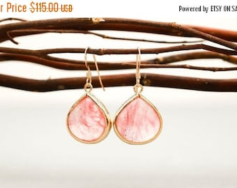 ON SALE Bridesmaid Jewelry Set of 5 Coral Pink Large Teardrop Earrings in Gold