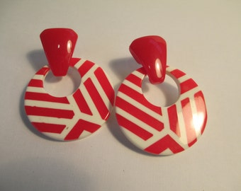Vintage Jewelry pierced  earrings,  red and white plastic, not Signed