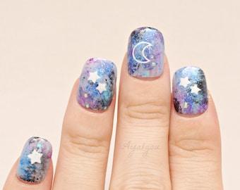 Pastel goth, fake nails, Kawaii nails, galaxy, celestial, moon light, stars, milky way, Japanese nail art, galaxy make up, short nails,