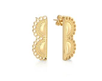 Lace B Earring in Sterling Silver