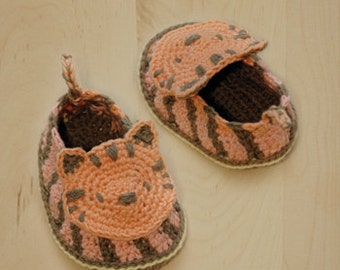 Crochet Pattern Tiger Baby Booties Tiger Preemie Socks Animal Shoes Tiger Applique Tiger Slippers Moccasins Crochet Pattern by Kittying