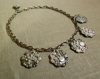 Stunning necklace polymer clay flowers.