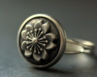 Metal Flower Ring. Flower Button Ring. Silver Button Ring. Adjustable Ring. Silver RIng. Handmade Ring. Handmade Jewelry.