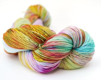 Hand dyed worsted yarn - 100g