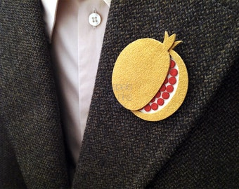 Men's buttonhole pomegranate accessory for gentleman attire, made in Italy lapel pin.