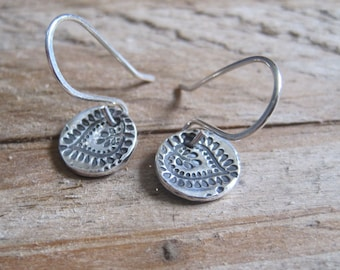 Paisley Leaf Earrings, Silver Disc Earrings, Fine Silver Everyday Jewelry, Small Dangle Earrings