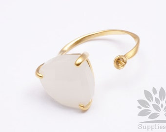 R001-MG-WH// Matt Gold Plated Smoky White Faceted Glass Stone Ring, 1pc