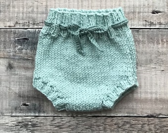 Handmade baby bloomers - knitted nappy cover - baby boy clothes - baby girl clothes - newborn photo prop - baby shower gift