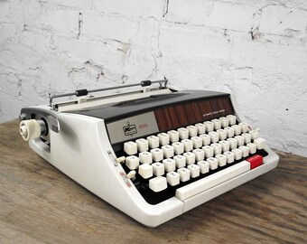 RESERVED 1960s Kmart 200 Portable Typewriter with Case and NEW RIBBON