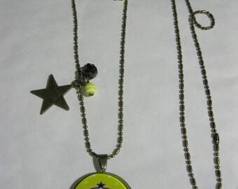 """Pendant necklace/retro/vintage bronze with glass cabochon 25mm """"cadeau.atsem.maitresse.maitre.ardoise.ecole.jaune.noir.etoiles"""""""