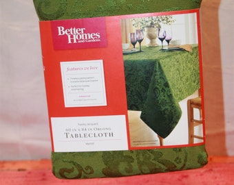 New Old Stock Better Homes and Garden Olive Green Tablecloth 60 x 84 Oblong