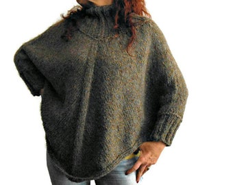 Made to order knitted poncho, wool poncho, chunky knit cape, sporty wrap, wool knit mantle, sweater poncho, custom made, gift for her